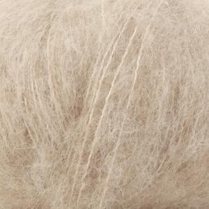drops-brushed-alpaca-silk-lys-beige-uni-colour-04